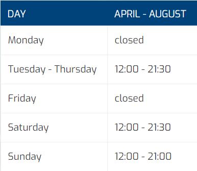 tabel openingstijden April - August (ENG)